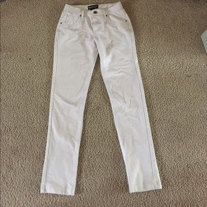 Pants - Stretchy fitted white pants